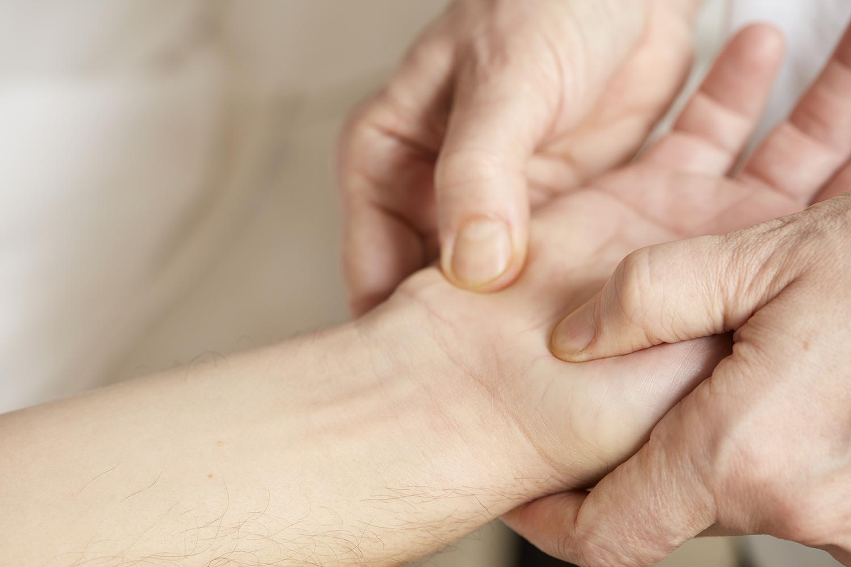 Livstjek - Kropsbehandling - HÅND